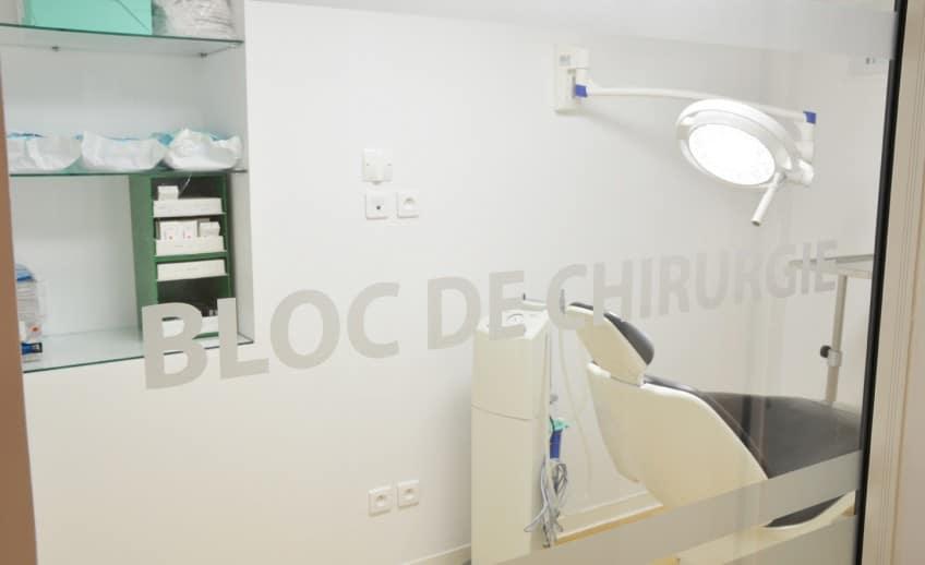 Dentiste-Toulon_Le-Tiec-Mari_Implants-chirurgie1